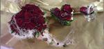 Arrangement Hochzeit rote Rosen: Brautstrauß Ringkissen Anstecker